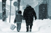 Ministerija: dėl blogų oro sąlygų vaikams galima neiti į atokesnes mokyklas