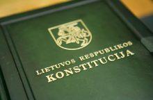 Konstitucijos egzamine – daugiau nei 32 tūkst. žmonių