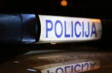 Šakių rajone ant kelio rastas, įtariama, partrenkto vyro kūnas