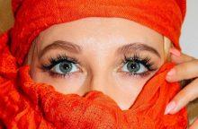 Moterys dėl gražių blakstienų vartoja ir vaistus: kuo tai gali baigtis?