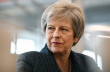 """Th. May parlamente pristatys alternatyvų """"Brexit"""" planą"""