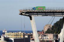 Italijoje sugriuvus greitkelio viadukui aukų padaugėjo iki 35