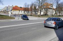 Vairuotojai nori sukti į kairę