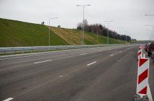 Kelių direkcijos vadovas: pavasarį penktadalis kelių gali būti nepravažiuojami