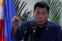 Filipinų prezidentas pažadėjo nebesikeikti, nes jam taip liepė Dievas
