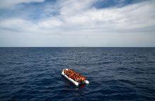 Viduržemio jūroje gelbėtojai laivelyje rado 13 lavonų