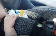 Kėdutėje vežtas kūdikis per avariją nenukentėjo