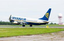 """""""Ryanair"""" skelbia aštuonis naujus jungiamuosius skrydžius iš Vilniaus"""