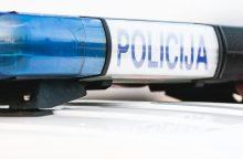Molėtų rajone nukentėjo policijos automobilio nepraleidęs motociklininkas