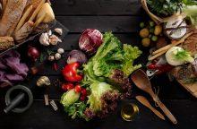 Kodėl pavasarį naudinga valgyti žalumynus?