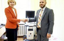 Nacionaliniam vėžio institutui dovanotas aparatas paspartins diagnostiką