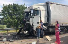 Chaosas autostradoje: dvi avarijos paralyžiavo eismą <span style=color:red;>(papildyta)</span>