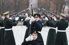 Švenčiant atkurtos Lietuvos kariuomenės šimtmetį – karinis paradas Vilniuje