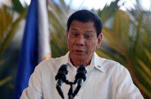 Filipinų lyderis užsienio įmonėms patarė susirinkti daiktus ir išvykti