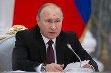 KGB agentu dirbęs V. Putinas patenkintas savo profesijos pasirinkimu