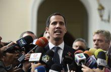 Venesuelos kariai nutraukė susisiekimą su Nyderlandams priklausančia sala