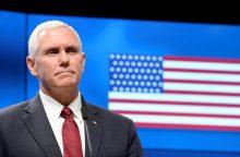 JAV viceprezidentas: remsime NATO batalionus Baltijos šalyse ir Lenkijoje