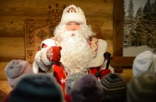 Rusijoje mažėjo Senelių Šalčių ir Snieguolių atlyginimai