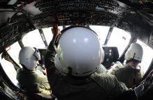 Karininkas: niekas nesiruošė gabenti sraigtasparnių remontui į Rusiją