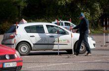 Konkurencijos tarybos akiratyje – vairavimo mokyklos