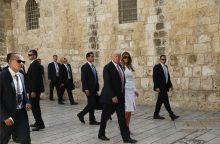 D. Trumpas tapo pirmuoju JAV prezidentu, apsilankiusiu prie Vakarų sienos