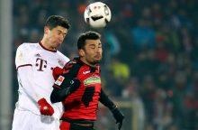 """Atsinaujinusiose """"Bundesliga"""" pirmenybėse """"Bayern"""" išplėšė sunkią pergalę"""