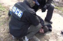 Sulaikyti prie Rusijos FSB protestavę žmonės