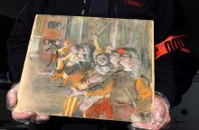 Autobuse prie Paryžiaus aptiktas pavogtas vertingas E. Degas paveikslas