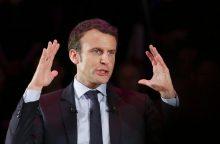 E. Macronas užsitikrino F. Bayrou paramą prezidento rinkimuose