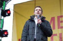 """""""Mes kaltinam"""" memorandumas: pirmalaikiai Seimo rinkimai, apkalta A. Skardžiui"""