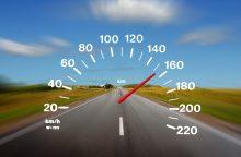 Su vėjeliu švilpusiems vairuotojams gresia dideli nemalonumai