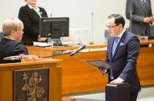 Į Vilniaus miesto tarybą grįžta iš jos anksčiau pašalintas V. Kukarėnas