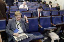 """Priekabiavimu kaltinamas """"The New York Times"""" reporteris laikinai neteko darbo"""