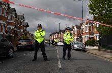 Londone per antiteroristinį reidą policija pašovė moterį
