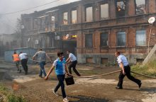 Milžiniškas gaisras Rusijoje lokalizuotas, nukentėjo dešimtys žmonių