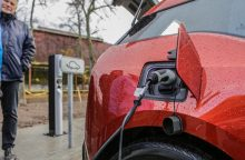 Dėl elektromobilių įkrovimo – diskusija