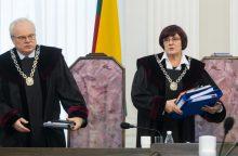 Kaltinamasis Sausio 13-osios byloje V. Švedas atsisakė advokato