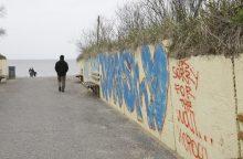 Pajūrį vėl atakuoja grafitininkai