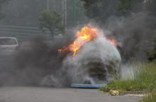 Vėl degė konteineriai Žvejų gatvėje