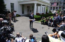 JAV prezidento žentas neigia susimokęs su Rusija
